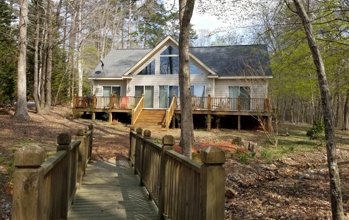 227 Crooked Creek